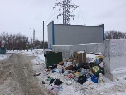 «Мусор не вывозился уже неделю»: как самарцы пережили третий день «мусорной реформы»