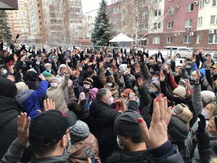 «Администрации позор!»:  главу Тольятти подставили с публичными слушаниями