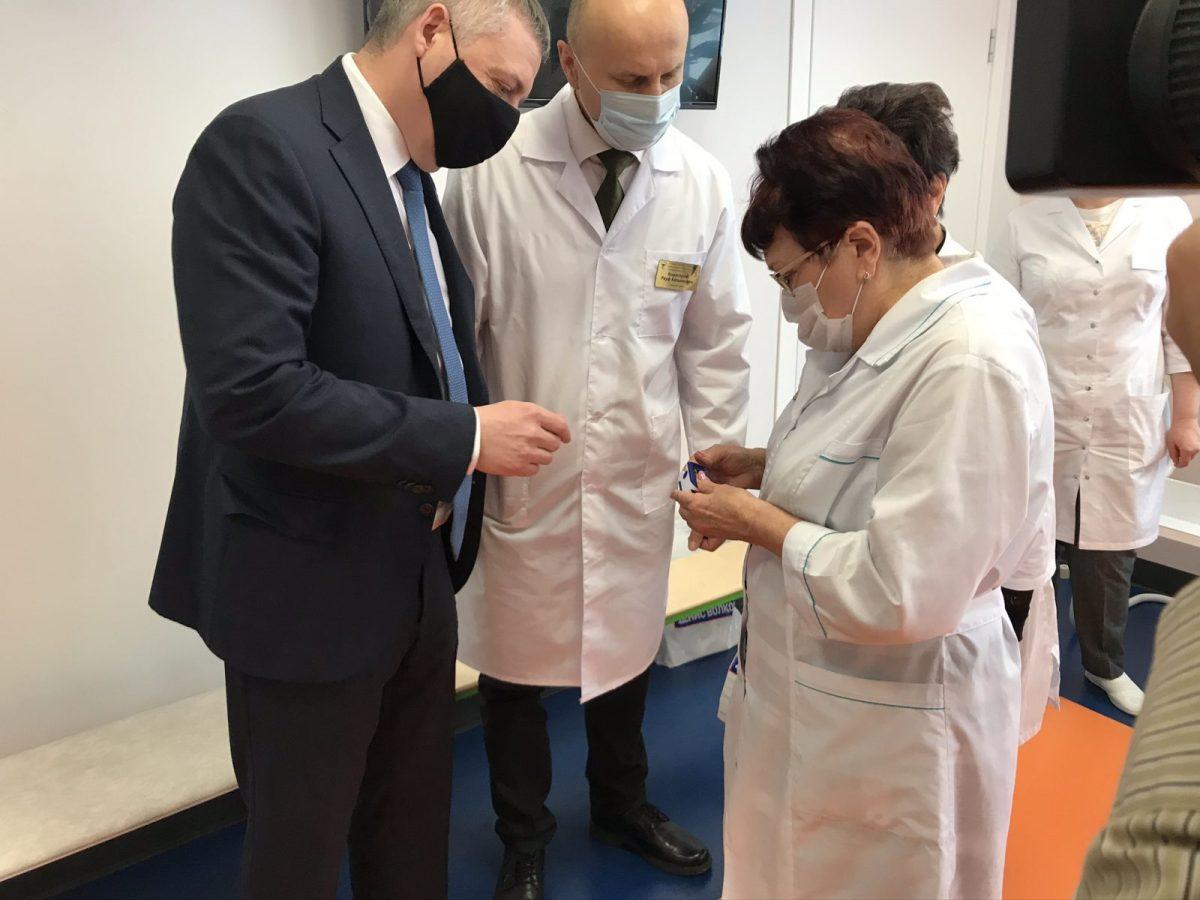 В Тольятти детская поликлиника получила новые пульсоксиметры