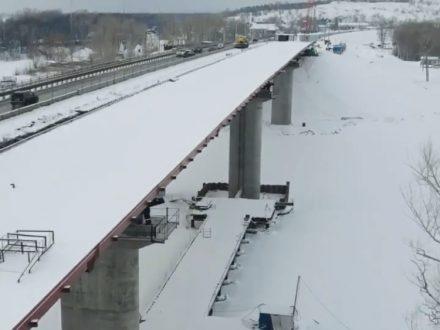 На строительстве моста через Сок завершилась надвижка пролетных строений