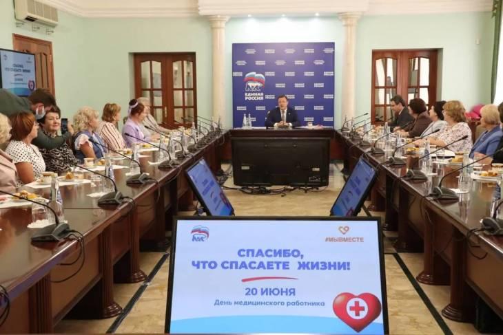 Дмитрий Азаров: сейчас в нашей стране главные герои – это медицинские работники
