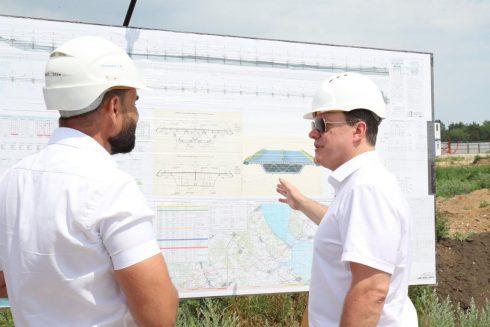 Губернатор Самарской области Дмитрий Азаров дал старт надвижке моста через Волгу
