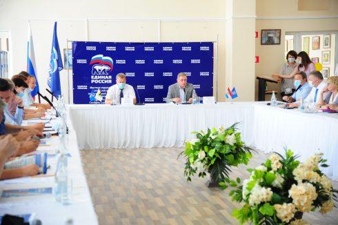 На площадке «Единой России» в Сызрани обсудили меры по поддержке промышленности Самарской области