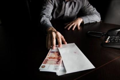 В Самаре сотрудники областного ГУ МЧС попались на взятке