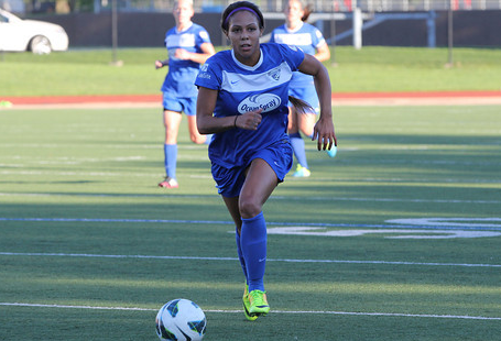 Sydney Leroux's 65th minute goal held up to give the Breakers a 1-0 win over FC Kansas City in Saturday's home finale at Dilboy Stadium. (Photo: Kari Heistad/capturedimages.biz)