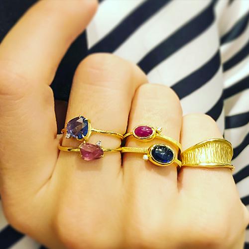 Γυναικεία δαχτυλίδια για το κάθε σας δάχτυλο