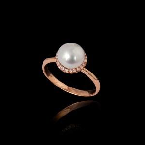 Δαχτυλίδι σε Ροζ Χρυσό με Μαργαριτάρι και Διαμάντια – DA122N