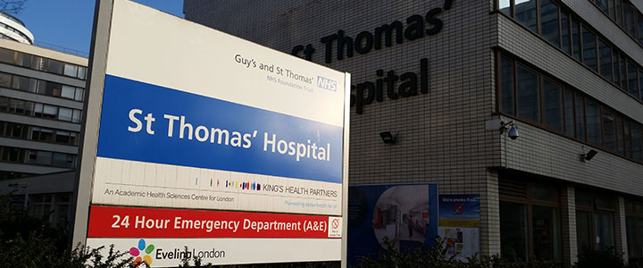 St Thomas' Hospital exterior - nessymon