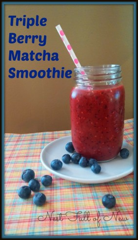 triple berry matcha smoothie 1
