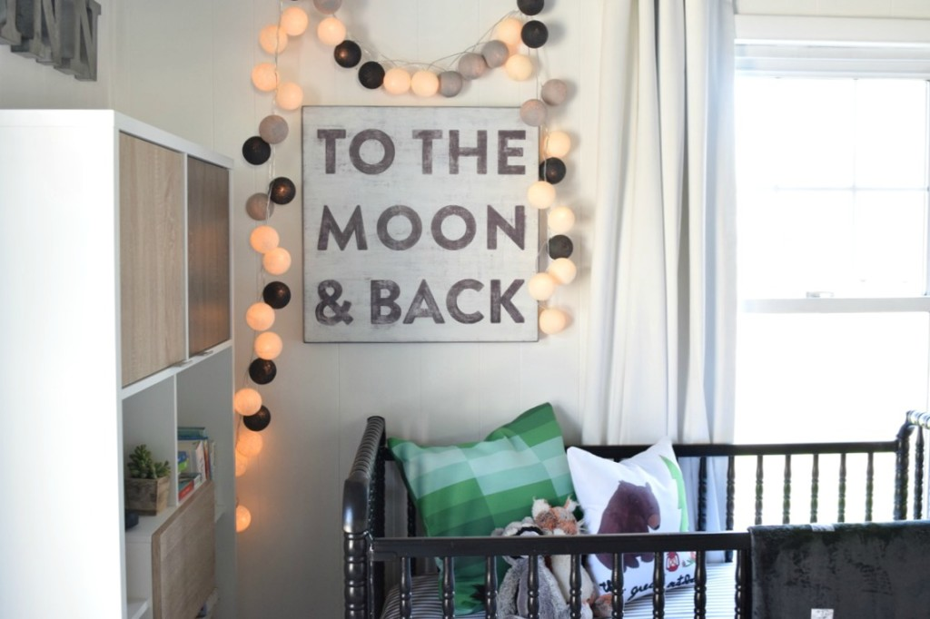 baby boy nursery to the moon and back and lights 2