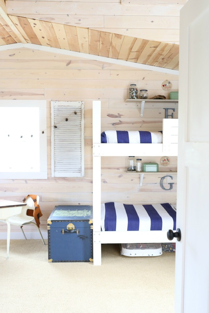Boys Bedroom Ideas shared space with bunk beds