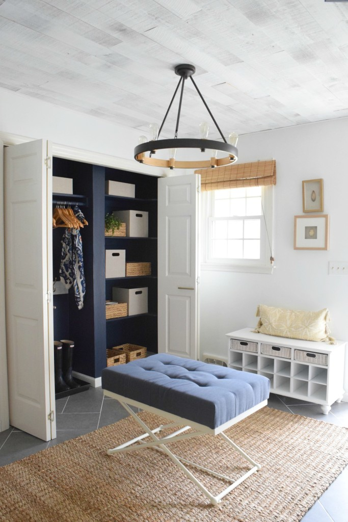 Mudroom Ideas and How to Organize your Mudroom