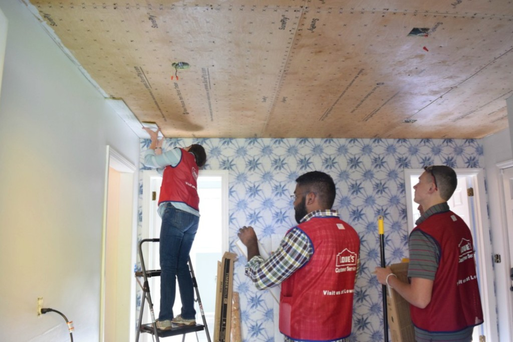 Popcorn Ceiling Makeover and Wood Planks