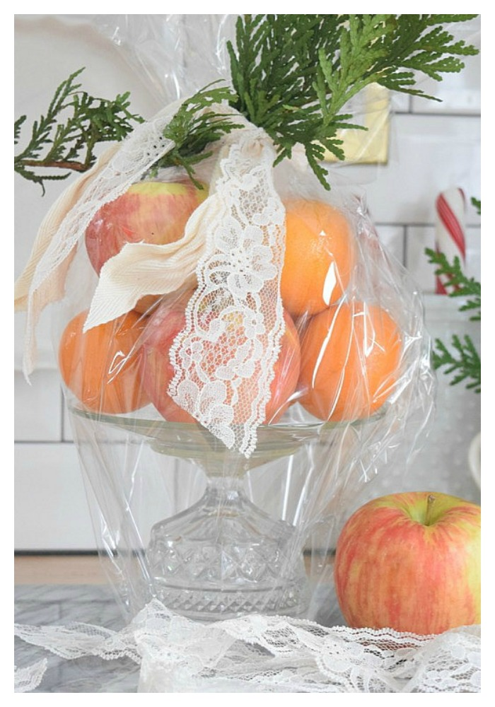 Easy DIY- Gift Idea- Glass Cake Pedestal