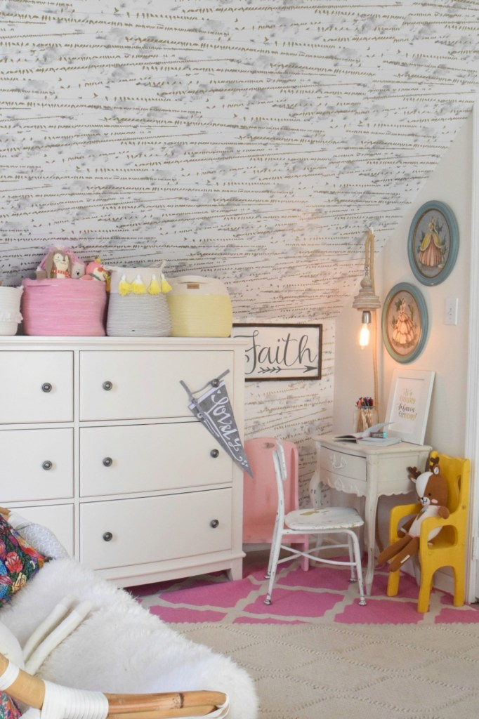 How to keep kids rooms clean and organized