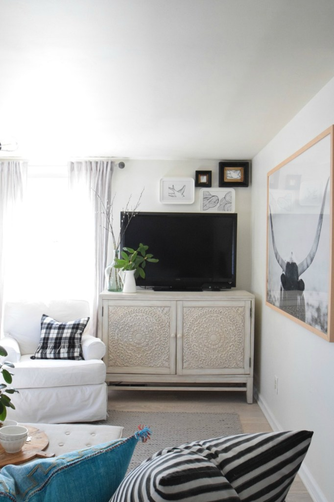 Spring Home Decor Ideas- Family Room Spring Updates
