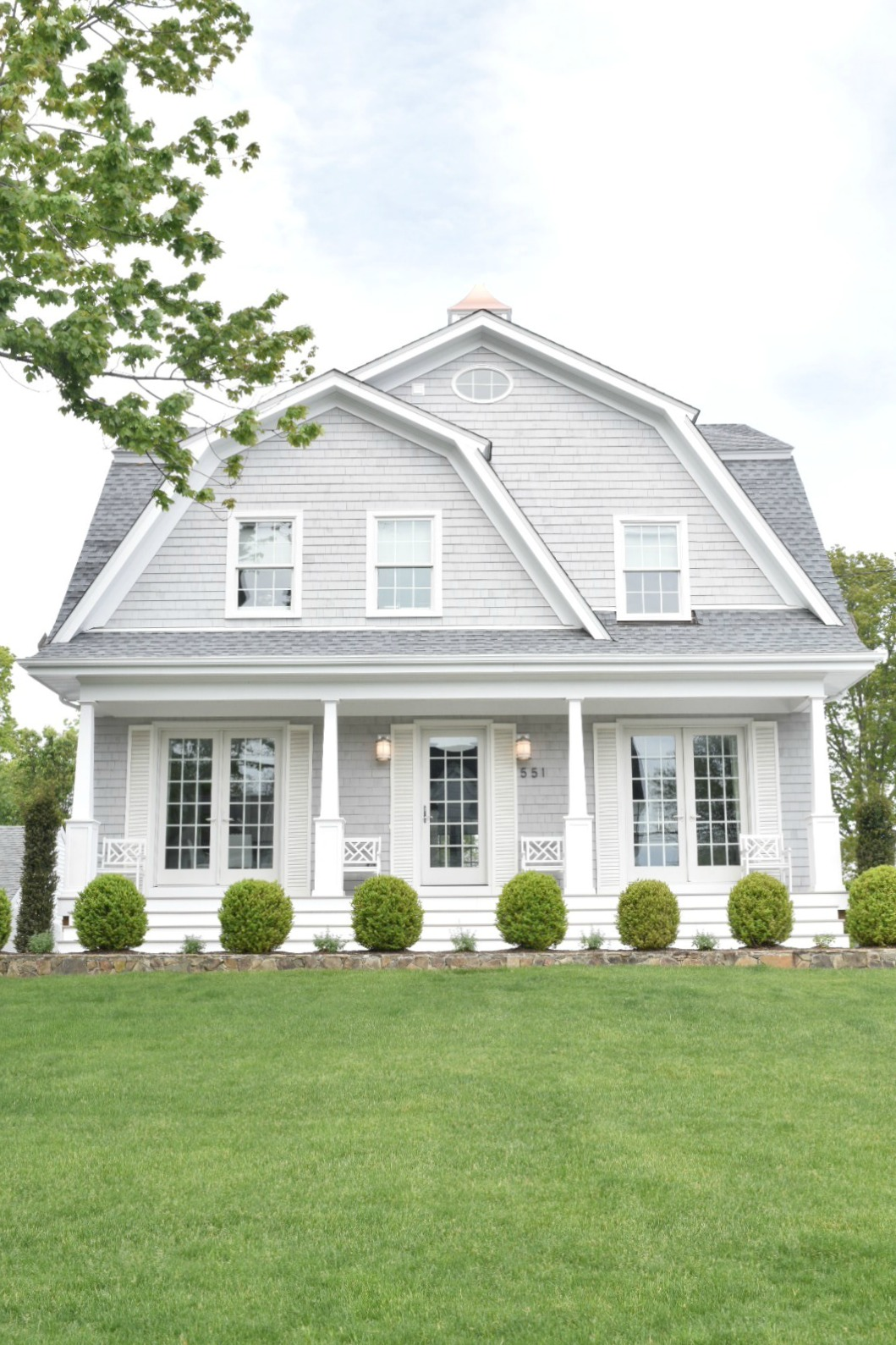 New England Homes- Exterior Paint Color Ideas - Nesting ... on Painting Ideas For House  id=36894