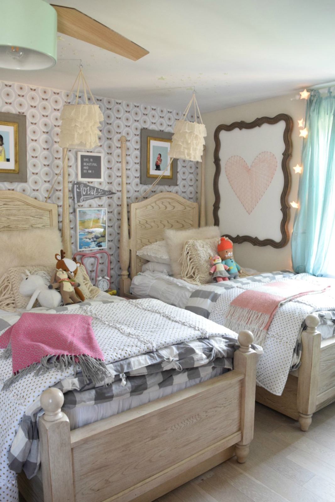 Friday Favorites starts with Halloween Decor That is ... on Decorations For Girls Room  id=45930