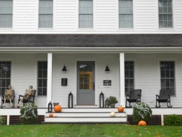 Fall and Halloween Decorations Outside