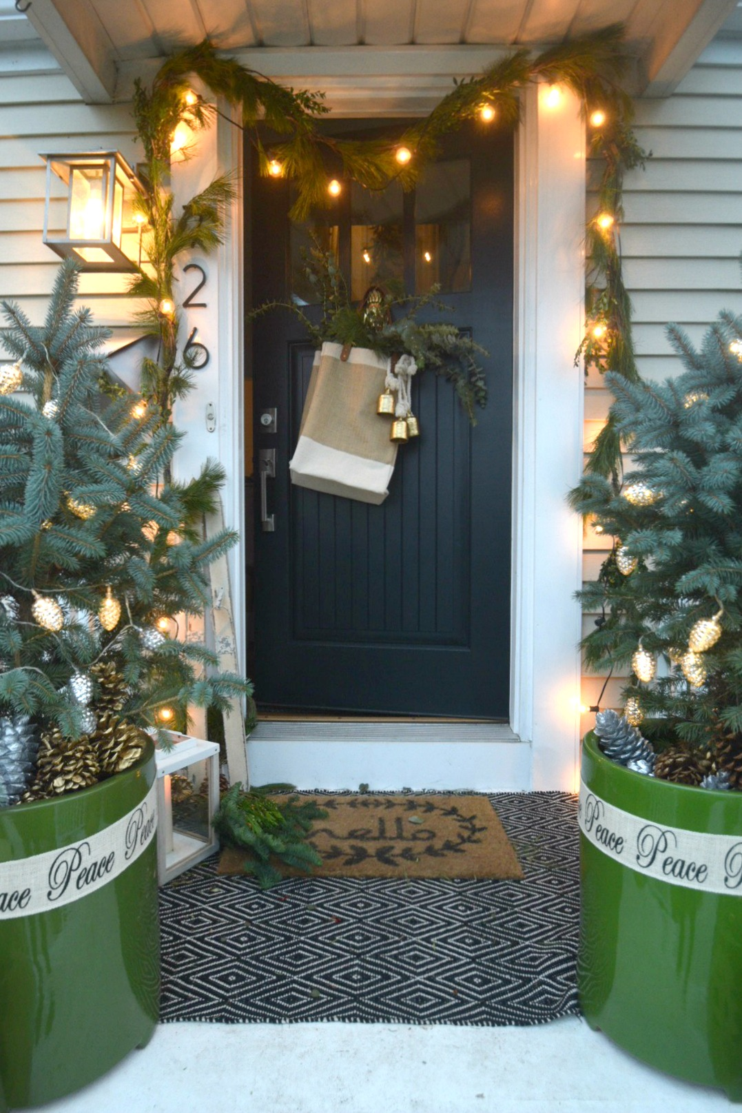 Christmas Decor Ouside- Layerd Doormat Ideas