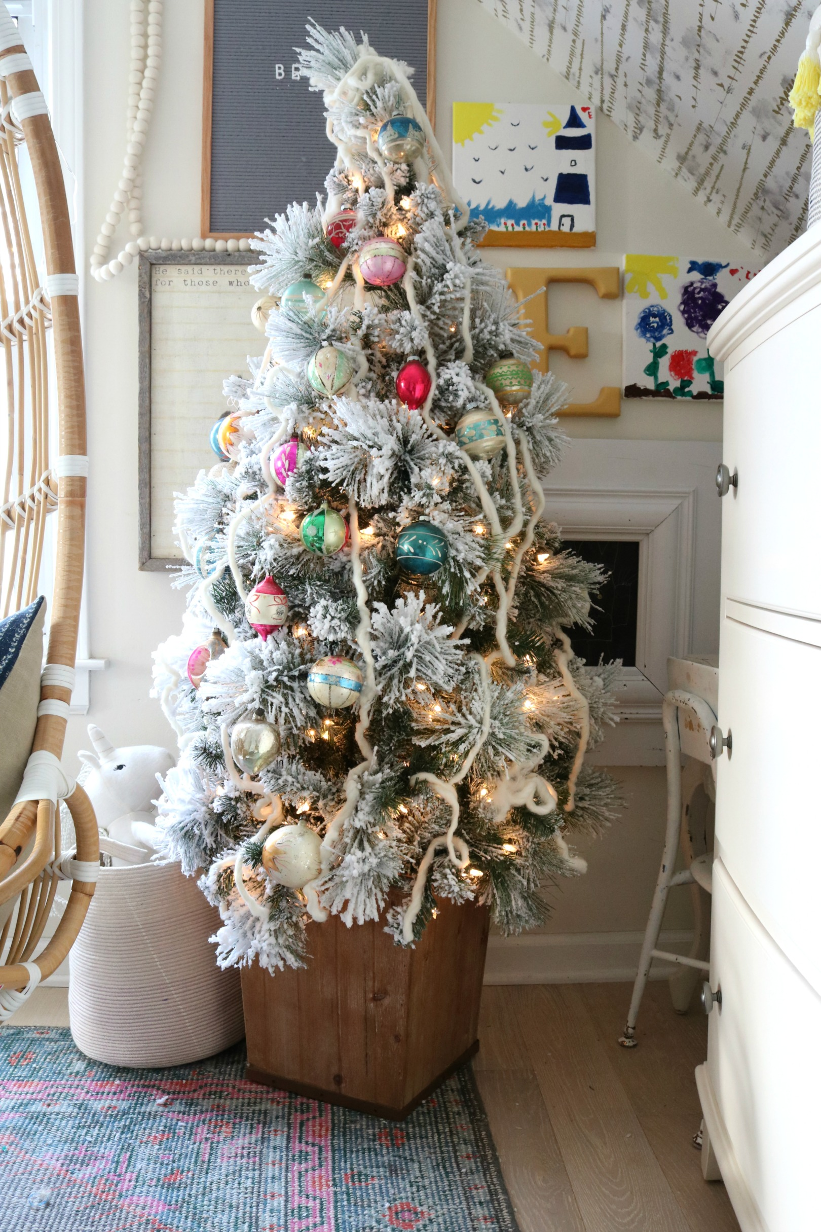 Christmas Decor in a Small Cape- Girls Shared Bedroom 099