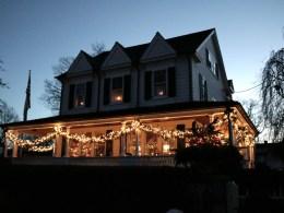 Neighborhood Gift Ideas- Giving Thanks and Spreading Joy