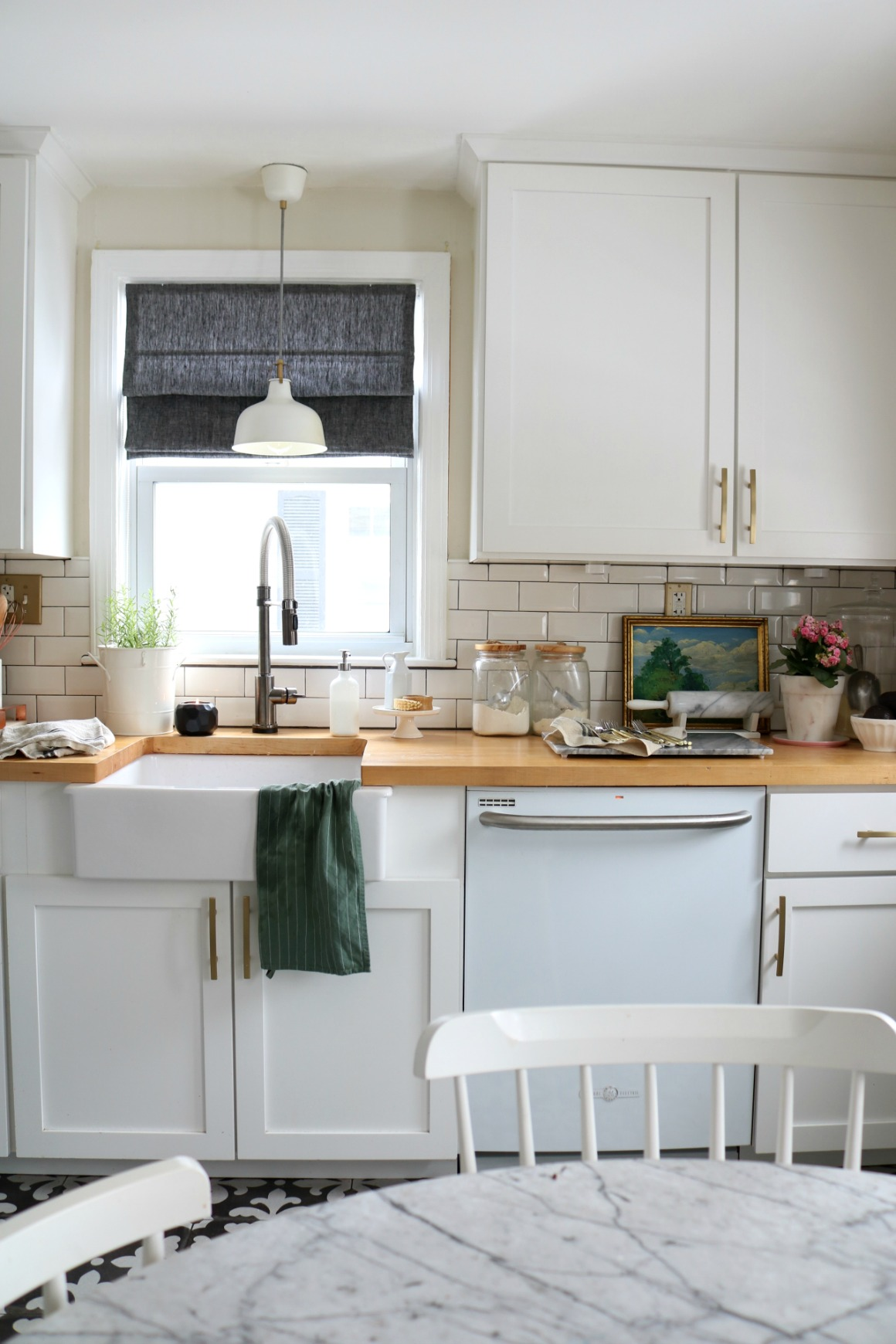 How to Mix Metals in the Kitchen and our Kitchen Faucet ...