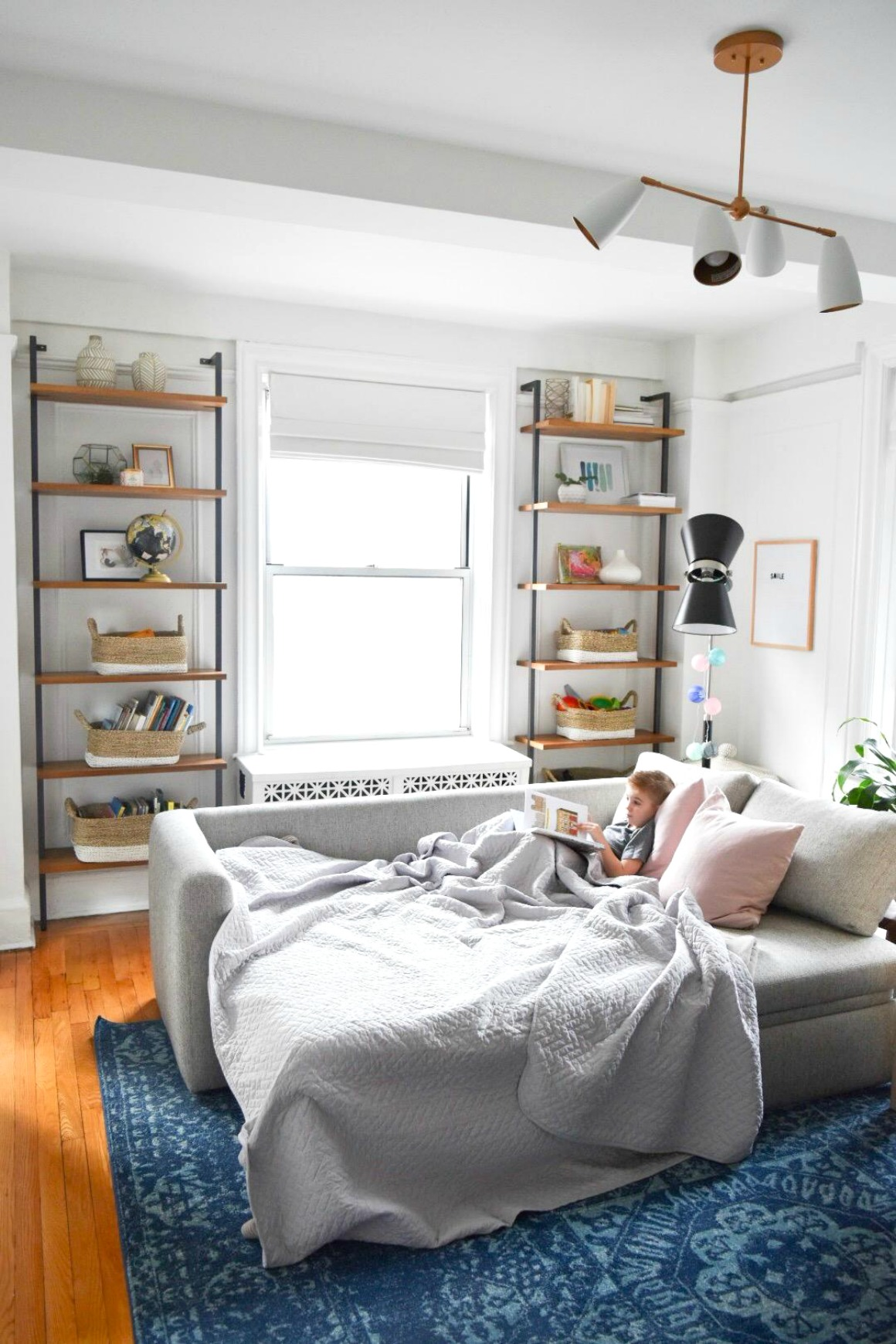 Small Space Living Series- New York City Apartment with Crystal ...
