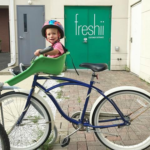 Friday Favorites- Favorite Child Seat for Bike
