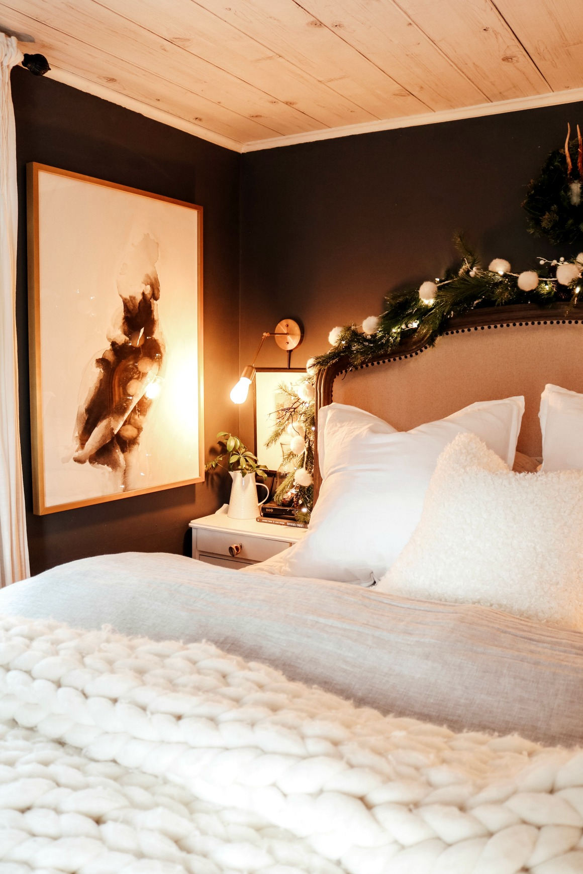 Winter Master Bedroom and Kids Christmas Room