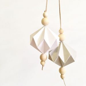 Babe Behind the Biz: Katie of Pol & Pom | Stylish handmade paper decorations for home, nurseries and events | www.nestlingcollective.com