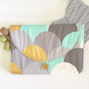 Clover and Ivy Handmade for Baby | Nappy clutches for mum and soft sensory blocks for babies | www.nestlingcollective.com
