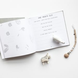 Mozaic Mini   Beautifully designed and thoughtful, bespoke baby journals   www.nestlingcollective.com