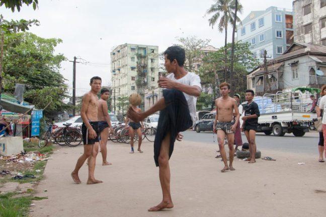 Kick volleyball / chin lone / Sepak takraw