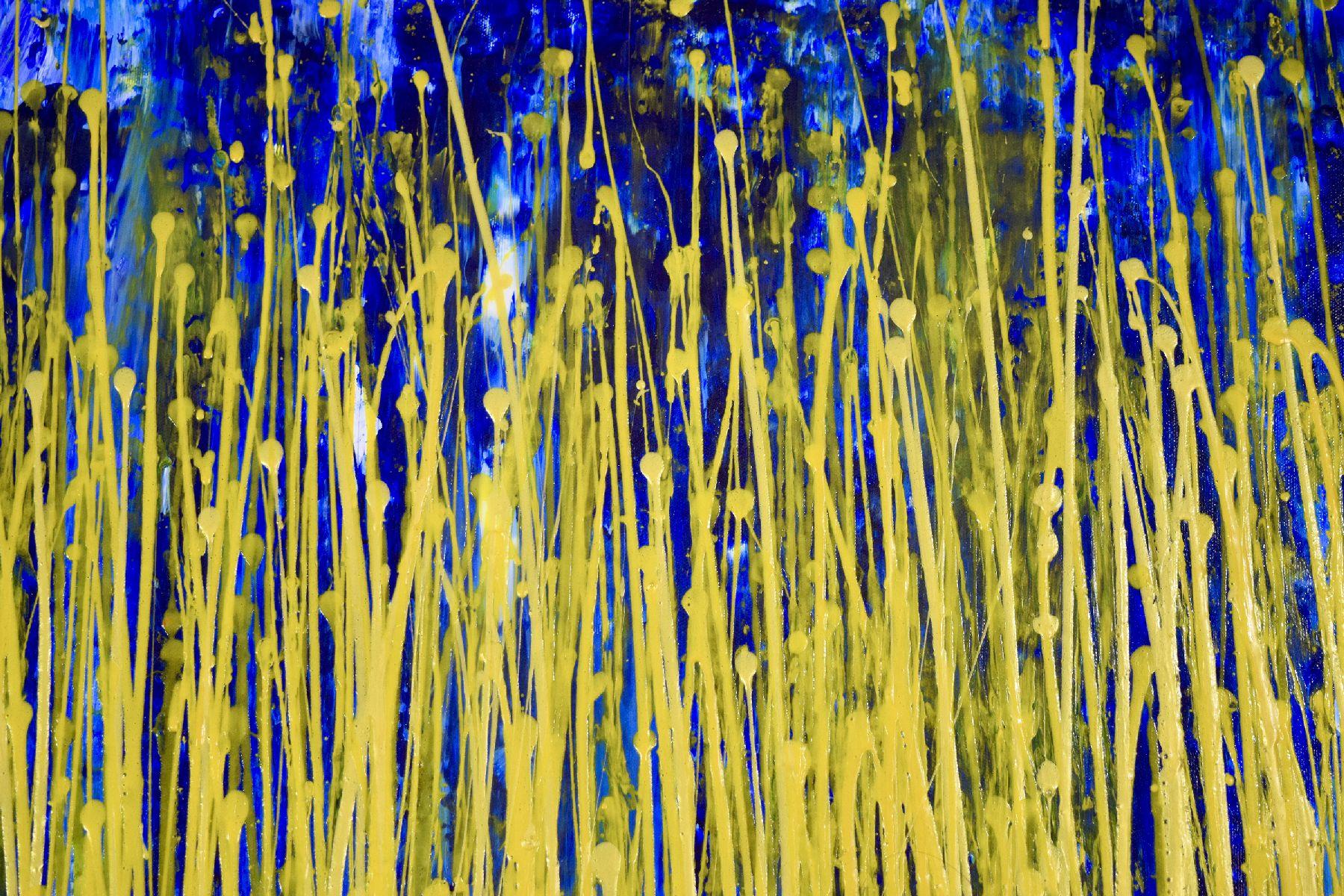 Detail - Thunder silhouettes (Golden Spectra) by Nestor Toro 2020