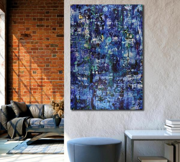 Room example / Iridescent Midnight Blue (2021) by Nestor Toro - Los Angeles