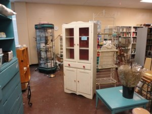 Looking for a fixer upper china hutch