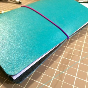 DIY: How to make a Midori style Traveler's Notebook for under $5!