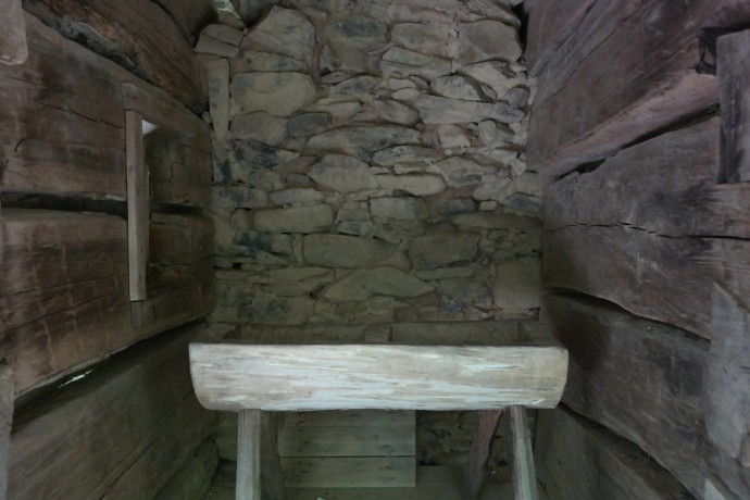 Outdoor wash basins, Bud Ogle Cabin, Great Smoky Mountains