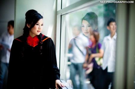 Graduation photo taken at Bangkok University. ถ่ายภาพรับปริญญามหาวิทยาลัยกรุงเทพ