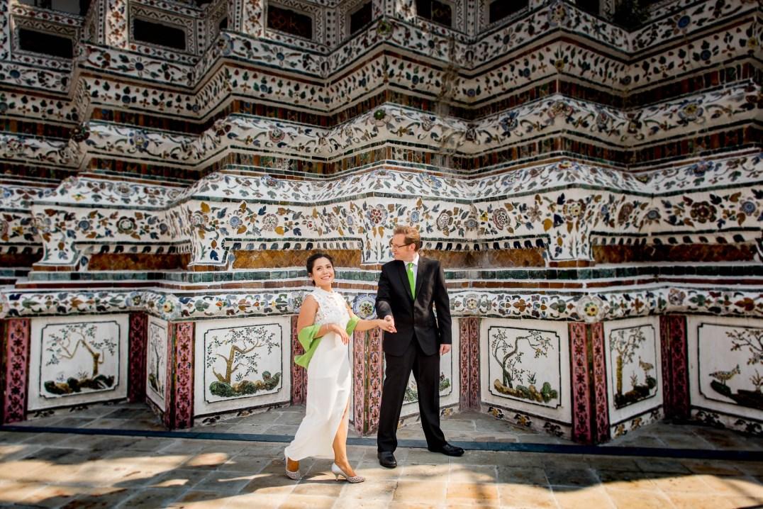 Wedding Couple Photo Shoot at Wat Arun Bangkok - T&P