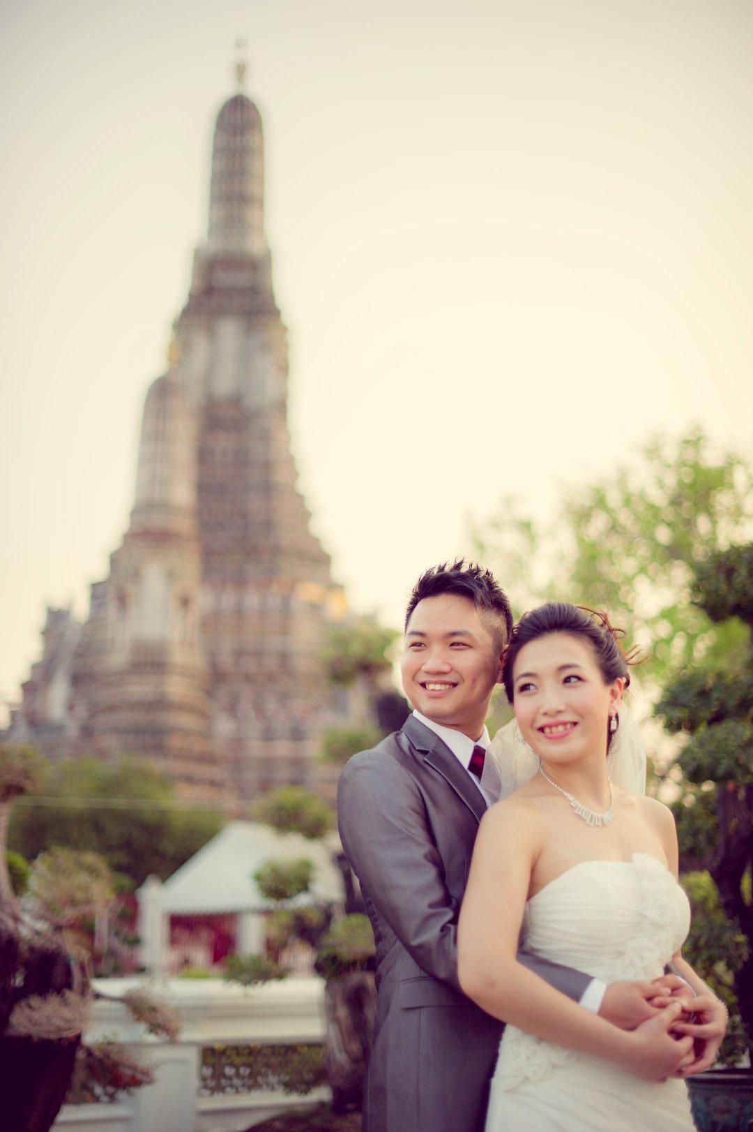 Bangkok Wedding Photography | Wat Arun Pre-Wedding Photography