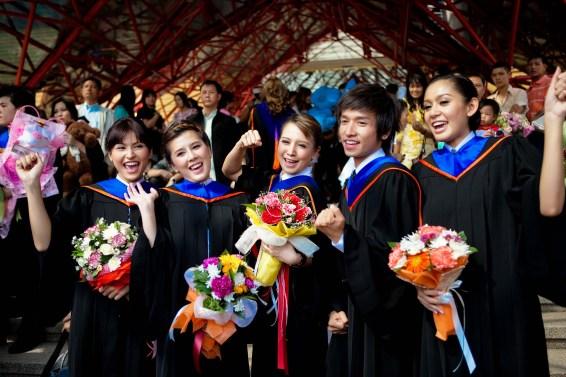 Bangkok University Graduation 2009