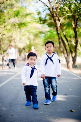 Family Photo shoot at Rod Fai Park in Bangkok, Thailand