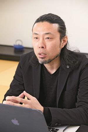 前田鎌利氏