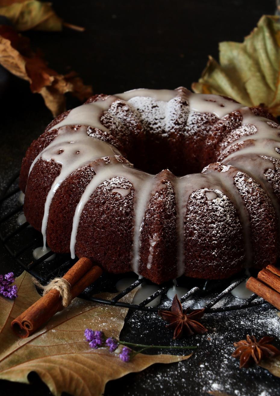 Festive Snickerdoodle Cake