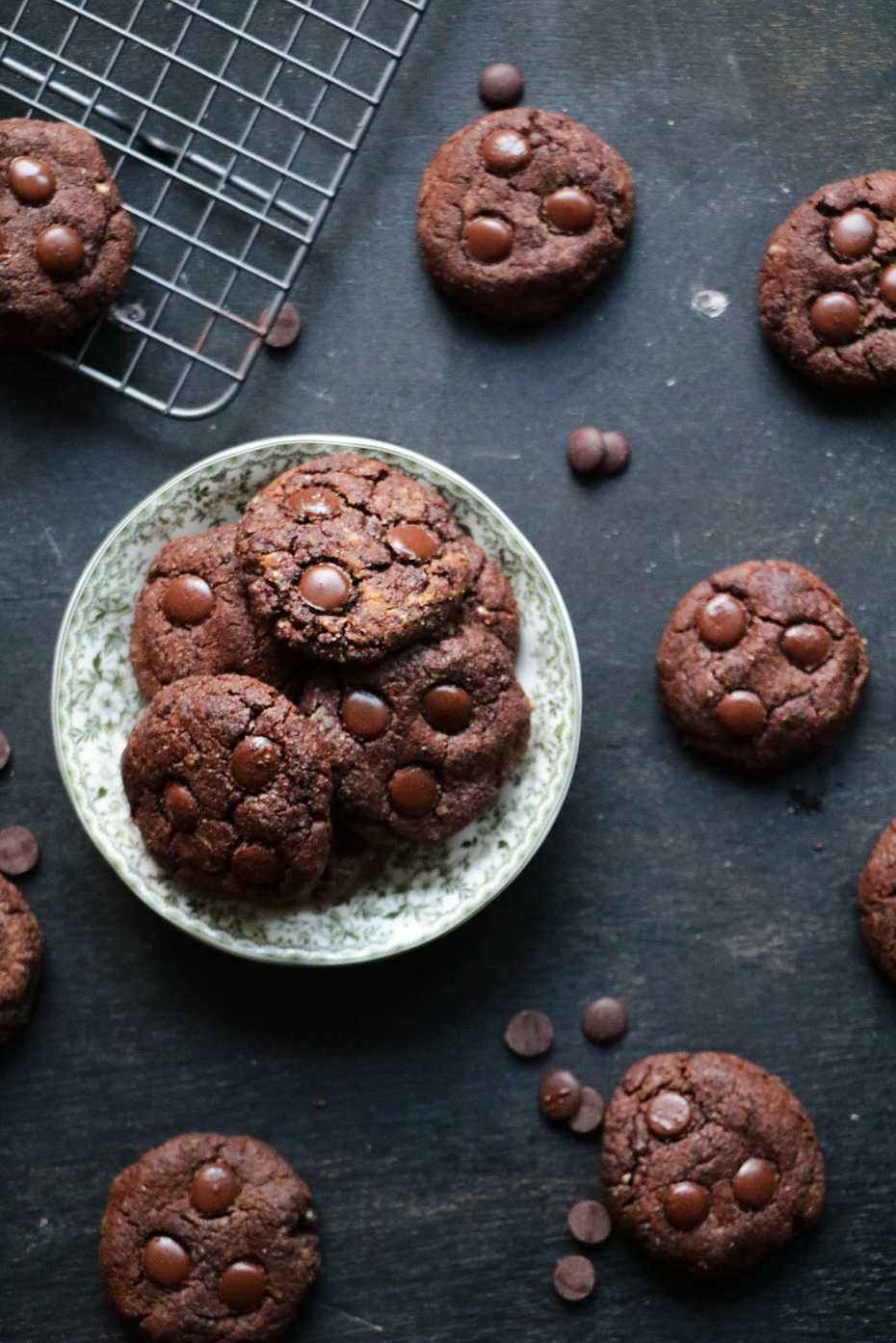 PALEO CHEWY CHOCOLATE PEANUT BUTTER COOKIES