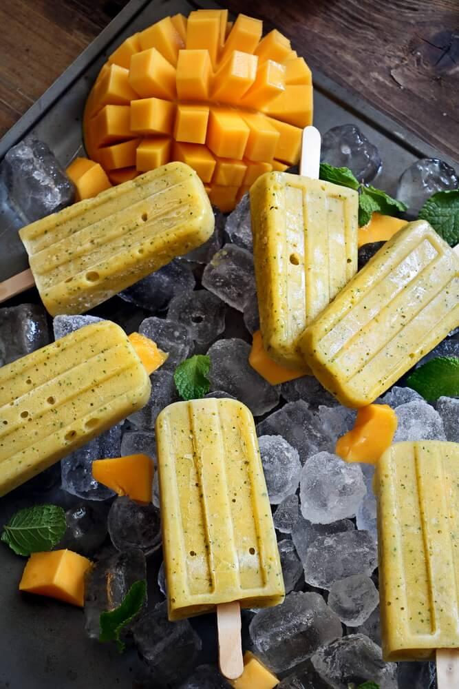 3-Ingredients Mango Banana Popsicles