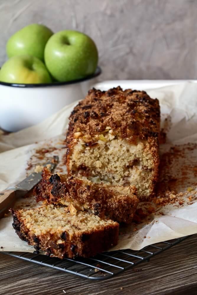 Apple Cinnamon Loaf cake
