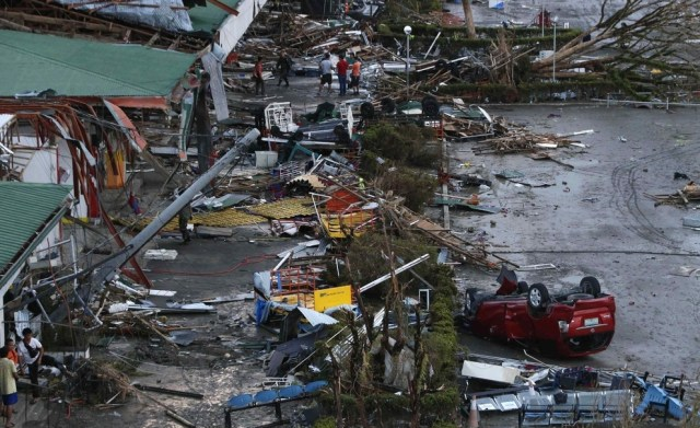 typhon-haiyan-philippines.12